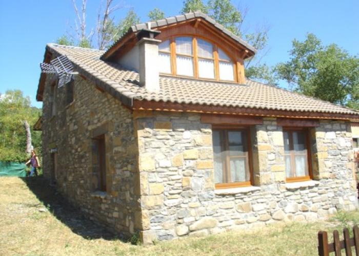 Casa de piedra de nueva construcci n en finca de m s de 1 - Construccion casa de piedra ...
