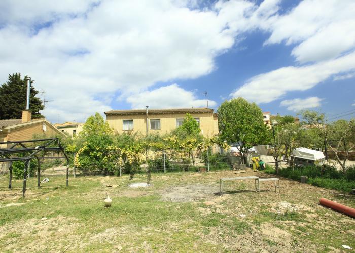 Gran casa con terreno de regad o europirineos agencia inmobiliaria casas pirineos - Inmobiliaria gran casa ...
