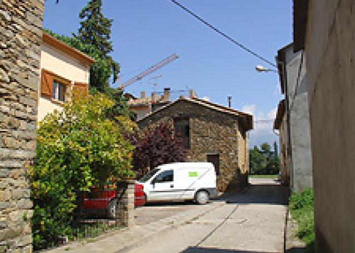 Casa tradicional a rehabilitar en el valle de la fueva for Rehabilitar casa