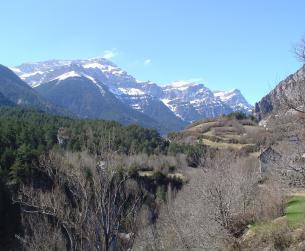 Borda junto a Parque Nacional de Ordesa y Monte Perdido en venta