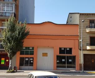 Edificio comercial en venta en Graus