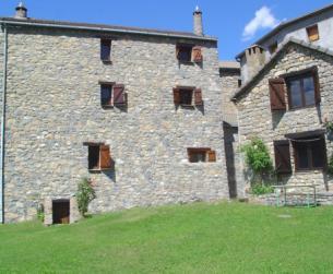 Gran casa tradicional y borda rehabilitadas, con terreno Parque Nacional Ordesa