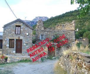 Casa tradicional de piedra y losa, de unos 100 m2, a rehabilitar en Ordesa
