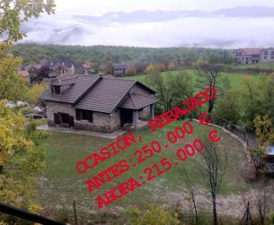 Oportunidad casa unifamiliar con jardín en el Parque Nacional de Ordesa en venta