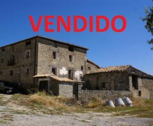 Gran casa tradicional con bodegas  y chimenea zona Ainsa vistas al Pirineo