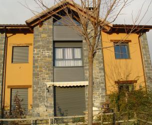 Magnífica vivienda unifamiliar con jardín en La Fueva en venta