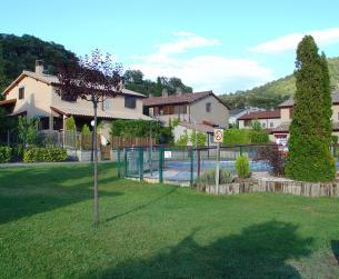 Chalet con espacio exterior y piscina comunitaria en venta en Boltaña