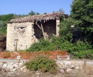 Pajar con era a rehabilitar cerca del embalse de Mediano, increíbles vistas