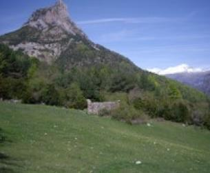 Borda al Norte de Peña Montañesa en venta