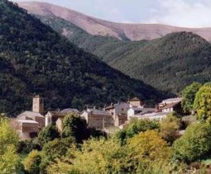Casa de losa y piedra a rehabilitar/ Traditional stone and slab house to renovate