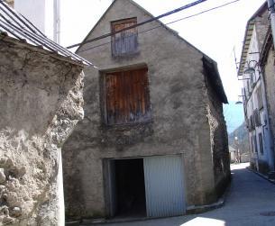 Borda de 80 m2 a rehabilitar en casco urbano de Bielsa
