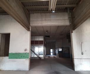 Edificio comercial en Graus