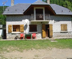 Casa unifamiliar con gran parcela cerca de Pineta