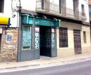 Alquiler de local céntrico en Aínsa