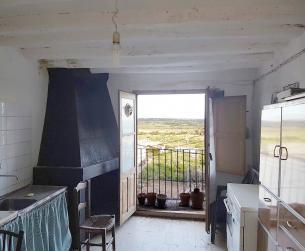 Casa tradicional en viñas del Somontano