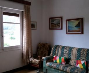 Gran piso con terraza y vistas despejadas en Boltaña