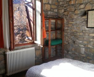 Casa tradicional con jardín rehabilitada cerca de Fiscal