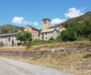 Gran parcela urbana con vistas entre Sobrarbe y Serrablo