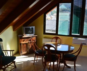 Apartamento abuhardillado en Ordesa