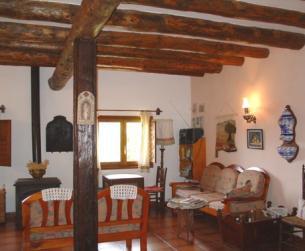 Gran casa tradicional y borda rehabilitadas, con terreno, junto al Parque Nacional de Ordesa