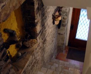 Casa tradicional de piedra y losa  / Traditional stone and slab house