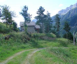 Chalet con terreno en el Valle de Pineta