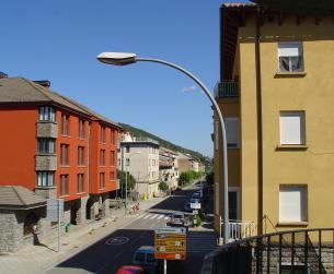 Luminoso piso con terraza en Boltaña