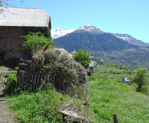 Borda con terreno en el Valle de Gistaín