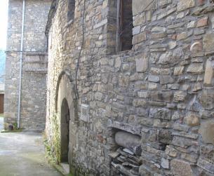Casa tradicional a rehabilitar para turismo rural o restauración cerca de Ordesa