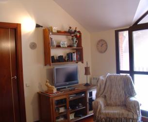 Apartamento duplex en el Valle de Ordesa, con garaje, trastero y terraza.