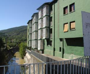 Gran vivienda en Boltaña con vistas al Valle del Ara