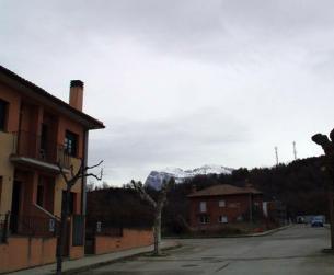 Vivienda unifamiliar en urbanización tranquila en la zona de Aínsa