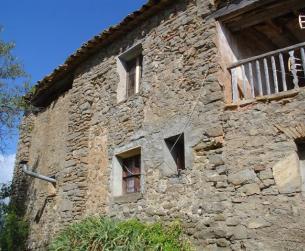 Casa tradicional habitable con jardín en el Parque Natural de Guara