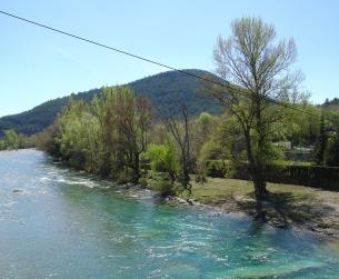 Chalet con terreno en pueblo turístico cerca del Parque Nacional de Ordesa