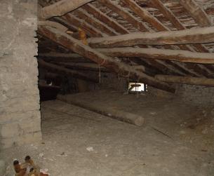 Gran casa tradicional con pajares y era cerca de Aínsa