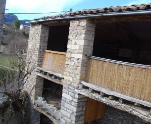 Maravillosa casa rural con terreno en el Parque Natural de Guara
