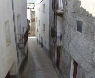 Casa tradicional habitable próxima a Graus / Traditional apartment house next to Graus