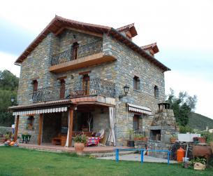 Gran vivienda unifamiliar con terreno