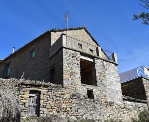 Casa tradicional con terreno cerca de Aínsa