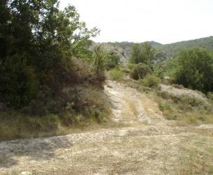 Finca rústica y pajar cerca de Sierra de Guara