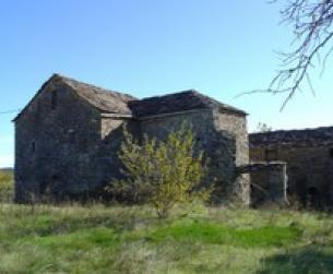 Gran casa tradicional habitable con todos los servicios y terreno