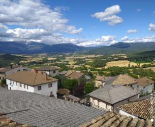 Gran casa habitable en pueblo del valle de La Fueva