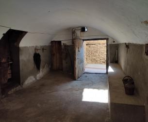 Gran casa tradicional en amplio terreno urbano a 15 min de Aínsa