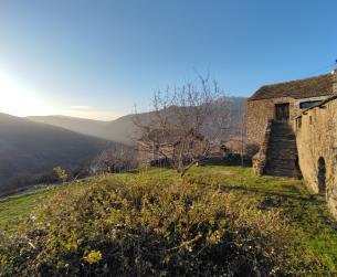 Gran borda a la entrada del Parque Nacional de Ordesa y Monte Perdido