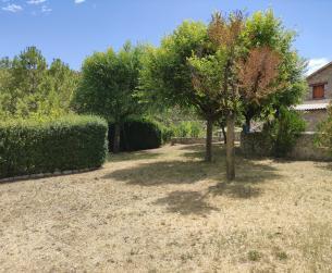 Casa habitable con gran jardín cerca de Arcusa