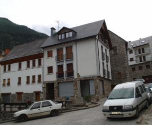Local comercial de 90 m2, en el Valle de Pineta