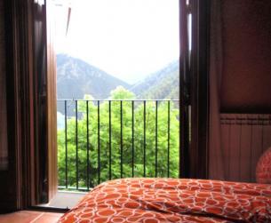 Borda rehabilitada junto al Parque Nacional de Ordesa y Monte Perdido