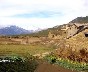 Solar urbano a los pies de La Peña Montañesa