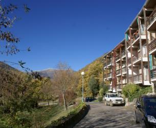 Apartamento con chimenea, terraza y vistas próximo a Parque Nacional  de Ordesa