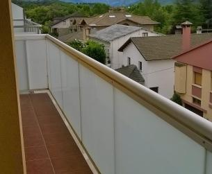 Apartamento con vistas a montaña y río